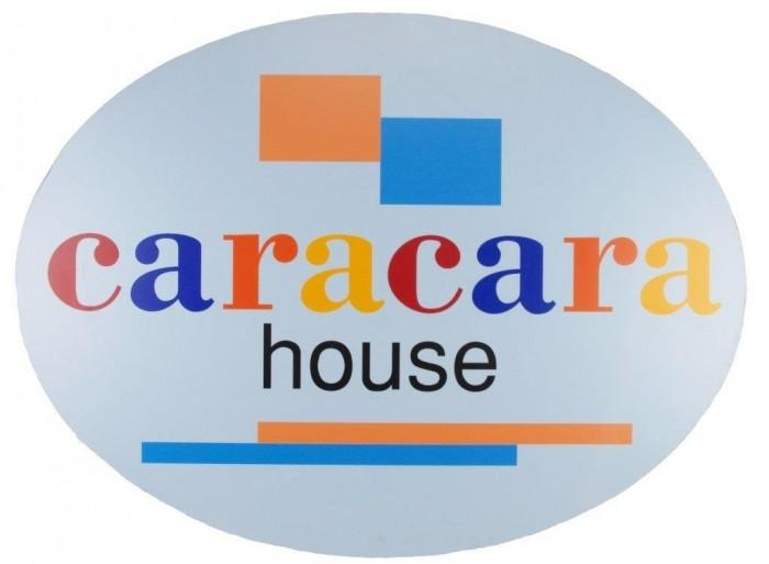 ロゴ カラカラハウス