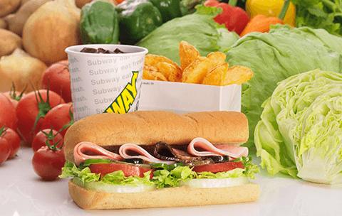 店舗数世界No.1のサンドイッチチェーンが登場。店内で焼き上げたパンを使って、お客様のお好みに合わせた味に仕上げます。